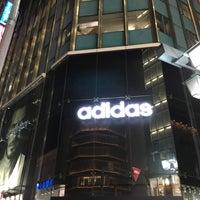 11/20/2015にSatoruがadidasブランドコアストア 新宿で撮った写真