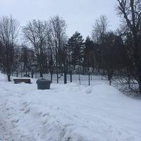 Photo taken at Niinivaaran koirapuisto by Gleb A. on 3/3/2017