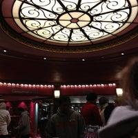 2/22/2013 tarihinde Samuel H.ziyaretçi tarafından Prince Edward Theatre'de çekilen fotoğraf
