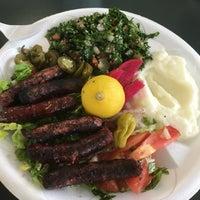 รูปภาพถ่ายที่ Karam's Mediterranean Grill โดย Scott K. เมื่อ 4/13/2016