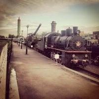 Снимок сделан в Центральный музей Октябрьской железной дороги пользователем Nicholas S. 6/20/2013