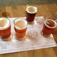 รูปภาพถ่ายที่ Monkish Brewing Co. โดย Steven เมื่อ 9/29/2012