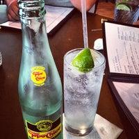 Das Foto wurde bei Hyde Park Bar & Grill South von Joanna L. am 4/22/2013 aufgenommen