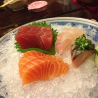 Photo taken at Hideki Sushi Bar e Restaurante by Juliana on 3/17/2013