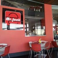 Foto tomada en Mr. Jack por Gio el 1/5/2013
