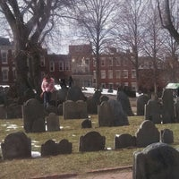 Photo prise au Copp's Hill Burying Ground par Huey Y. le3/23/2013