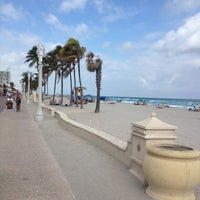 Photo taken at Hollywood Beach Boardwalk by El power on 1/29/2013