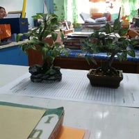 Photo taken at Good Samaritan Colleges, Integrated School, Makabayan Faculty Room by Jerome S. on 10/9/2012