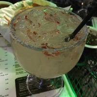 Foto tomada en Lime: An American Cantina & Tequila Bar por Briana S. el 5/5/2017