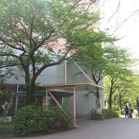 Photo taken at 国立オリンピック記念青少年総合センター 宿泊D棟 by Ukee on 4/16/2013
