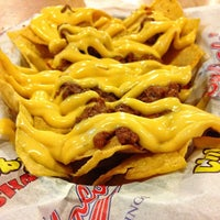 Photo taken at Buffalo's Wings N' Things by int3rnist ® on 11/12/2013