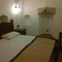 Foto diambil di Kurşunluhan Hotel oleh Atilla O. pada 2/19/2013