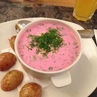Снимок сделан в Admiral Restaurant пользователем Sikoka 9/28/2013