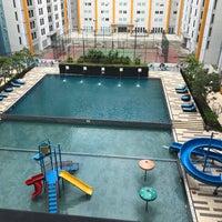 Foto diambil di Ara Hotel Gading Serpong oleh Ayu K. pada 4/16/2018
