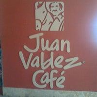 Photo taken at Juan Valdez Café by Hernan P. on 11/29/2011