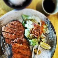 Photo taken at Murasaki Restaurant and Sushi Bar by banafsheh g. on 8/24/2013