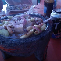 Photo taken at Mariscos La playita by Brumoch on 2/24/2014