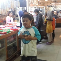 Photo taken at Pasar Batu Akik Rawabening by abdul s. on 12/21/2014