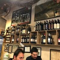 รูปภาพถ่ายที่ La Prosciutteria Firenze โดย Metalaviator เมื่อ 2/11/2018