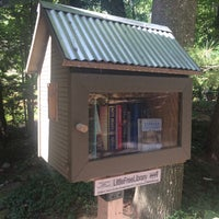 Photo taken at Balsam Circle Little Free Library, Spider Lake by Steven H. on 8/29/2016
