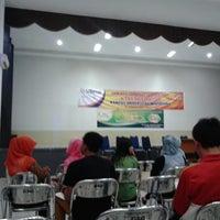 Photo taken at Universitas Widyatama by Deni R. on 5/16/2013