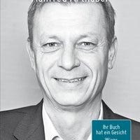 Photo taken at ÖGB Verlags - Fachbuchhandlung by Gerald R. on 5/6/2013