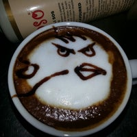 Das Foto wurde bei Coffeemania von Erkut U. am 3/5/2013 aufgenommen