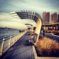 Photo prise au Hudson River Park par Russian Hills le11/19/2012
