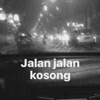 Photo taken at Jalan Metro Tanjung Bunga by Muti Y. on 10/9/2016