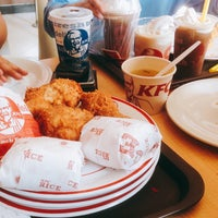 Photo taken at KFC / KFC Coffee by Muti Y. on 10/18/2016