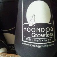 Photo taken at MOONDOG GROWLERS by Travis P. on 1/3/2013