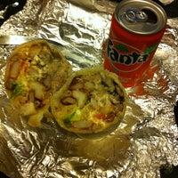 11/17/2013에 Chris H.님이 El Super Burrito에서 찍은 사진