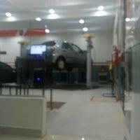 Photo taken at Prime II Servicos Automotivos by Marcelo S. on 3/10/2014