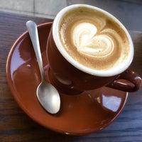 Das Foto wurde bei Filter Coffeehouse & Espresso Bar von Aaron am 1/13/2015 aufgenommen