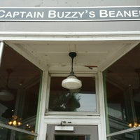 Photo taken at Captain Buzzy's Beanery by Alejandra M. on 9/25/2016