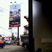 Photo taken at Kantor Pemasaran Perum.  The Paradise by Upik W. on 4/12/2013