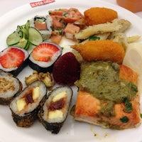 Photo taken at Perspolis Restaurante by Jackson on 10/8/2013