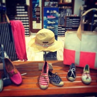 Photo taken at Sperry Top-Sider by The Florida Mall on 3/25/2013