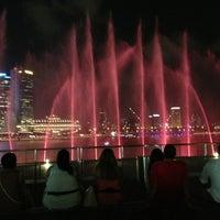 Das Foto wurde bei Wonder Full (Light & Water Show) von Muhammad I. am 1/29/2013 aufgenommen
