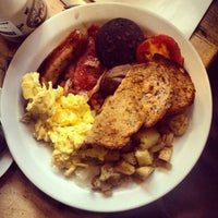 Photo taken at The Breakfast Club by Katharina on 10/10/2013