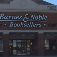 Photo taken at Barnes & Noble by Hancock D. on 4/9/2014