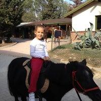 10/13/2012 tarihinde Ayça🎀ziyaretçi tarafından Gürman At Çiftliği'de çekilen fotoğraf