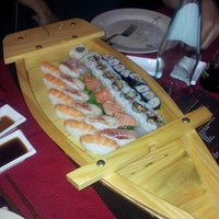 Photo taken at Sushi 189 by Leonardo T. on 5/15/2013