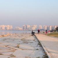 10/7/2012 tarihinde Mukoziyaretçi tarafından Bostanlı Sahili'de çekilen fotoğraf