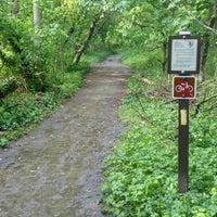 รูปภาพถ่ายที่ Rock Creek Running Trail โดย Tyler G. เมื่อ 5/9/2013