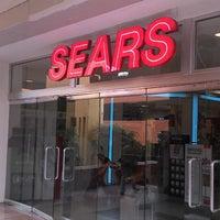 Foto tomada en Sears por Javo V. el 11/12/2013