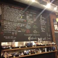 Das Foto wurde bei Flour Bakery & Cafe von Bryan D. am 10/10/2012 aufgenommen