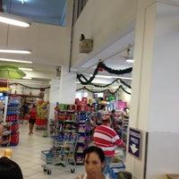 Foto tirada no(a) Supermercado Meschke por Paulo M. em 1/5/2013