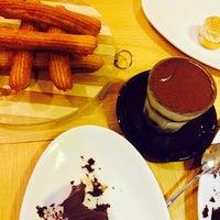 Photo taken at Joyeux Café by Chyrie许願💞 on 11/29/2014