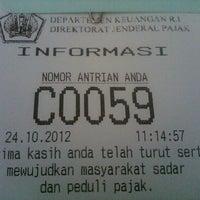 Photo taken at Kantor Pelayanan Pajak Pratama Bandung Tegallega by Inu @. on 10/24/2012